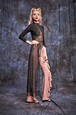 Bluza neagra asimetrica cu maneca lunga