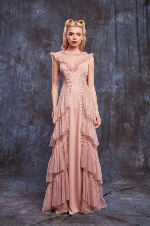 Rochie de seara lunga roz prafuit cu volane