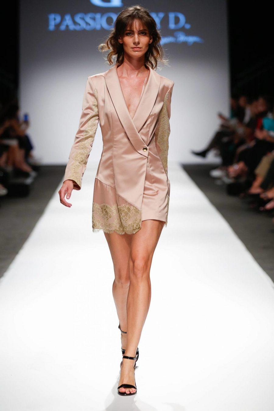 Rochie tip sacou cu dantela Vienna Fashion week 2019 - Passion by D