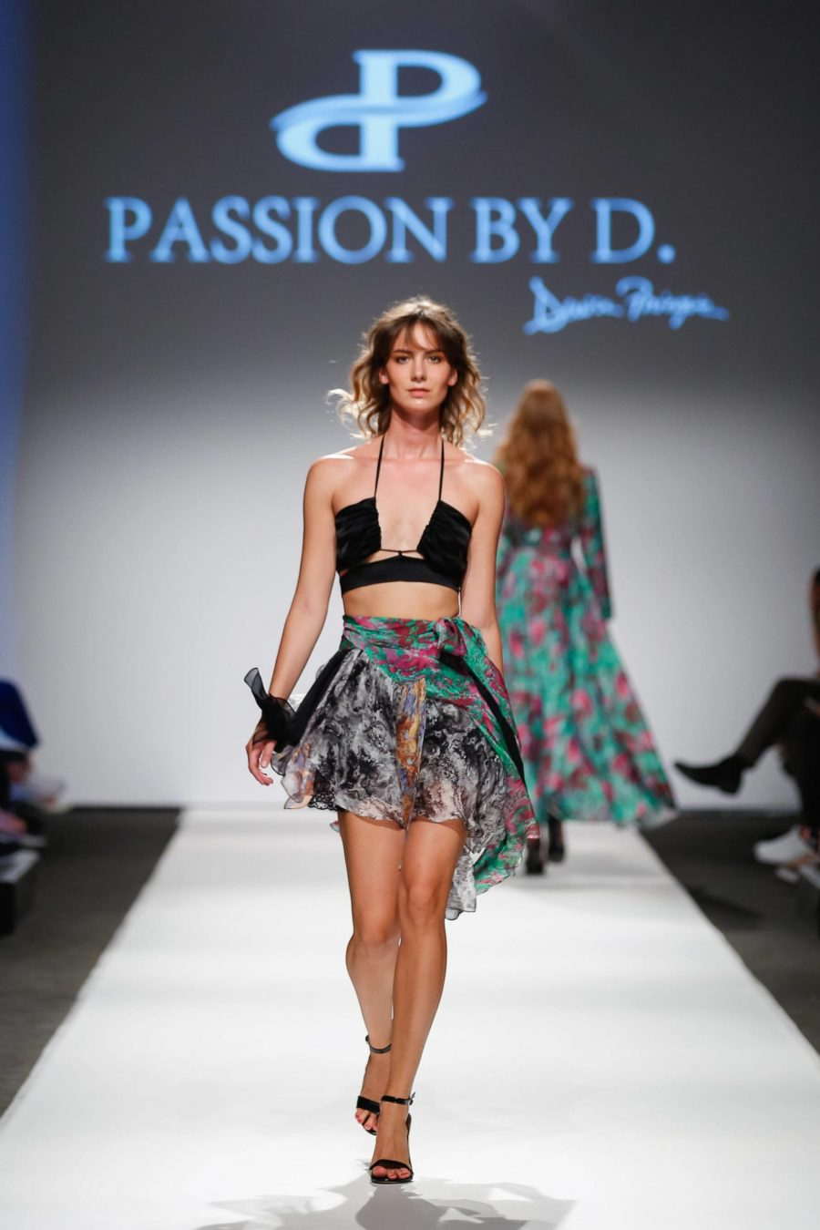 Prezentare moda Vienna Fashion week 2019 - Passion by D