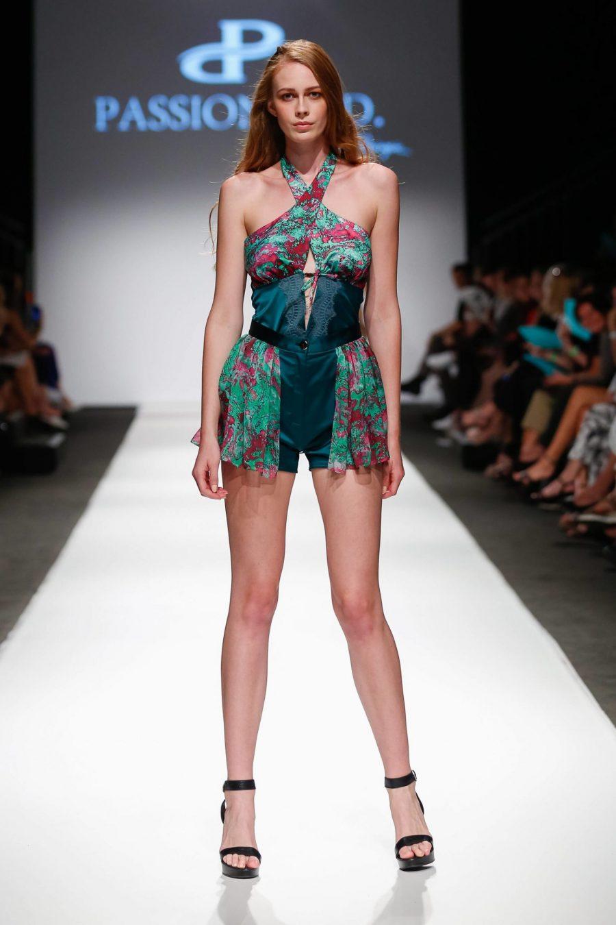 Pantaloni scurti prezentare moda Passion by D MQFW